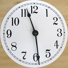 analog clock resized 600