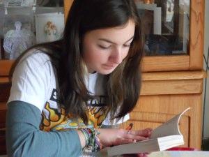 girl studying SAT